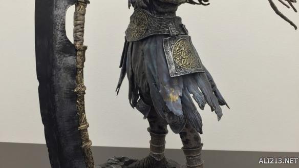 黑暗之魂3薪王巨人尤姆手办开箱